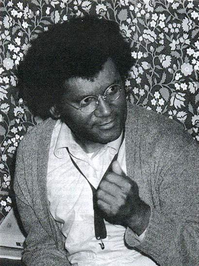 anthony-braxton-az-ifjusagi-haz-oltozojeben-az-eslo-gyori-nemzetkozi-jazznapon-1982.jpg