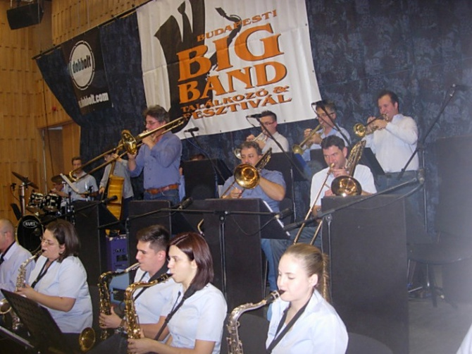 03-szegedi-deak-big-band-a.jpg