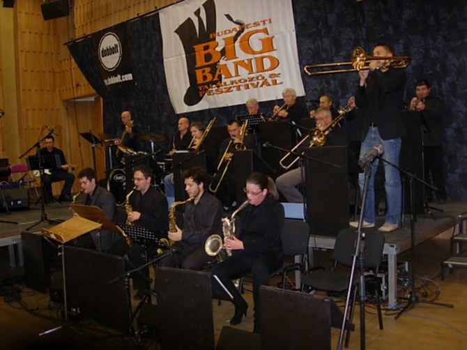07-csaba-big-band-a.jpg